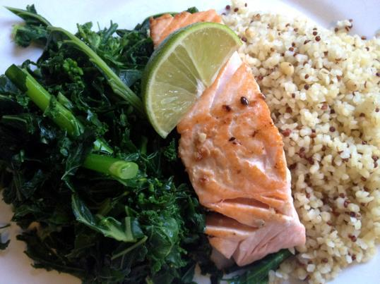 Baked wild caught salmon or tempeh with wild rice