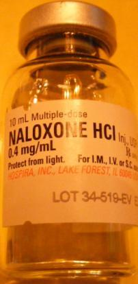 Problems are still abound..maybe it s the fentanyl? You decide to administer 0.4 mg of naloxone. How many ml will you deliver?