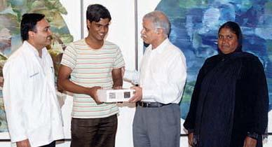 A Gift for Pasha on Louis Braille Day Pasha Ahmed, 18, a student of Class XII suffers from retinitis pigmentosa. He has been a client of our Centre for Sight Enhancement for over 15 years.