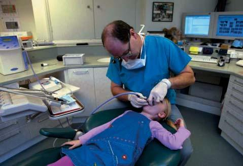 There is no need for the patient to keep their mouth open for long periods which children find difficult; treatment times are around 2 minutes for tooth preparation, 10 40 seconds for O 3 treatment
