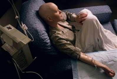 Nutrition Support during Chemotherapy If patients develop GI toxicity from chemotherapy or radiation therapy, short-term PN is usually better tolerated (and