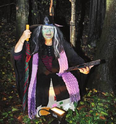 stories from a friendly story telling witch. The event was supported by the Friends of Irlam and Cadishead Parks and Irlam and Cadishead Community Committee.
